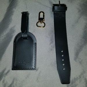 Louis Vuitton Luggage Tag Set